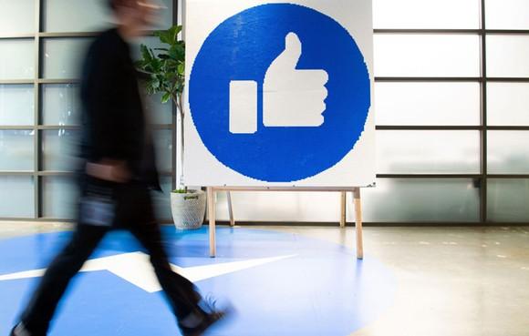 Ấn Độ áp luật mới lên Facebook, Twitter và YouTube