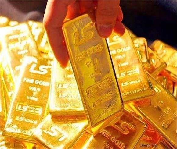 Đồng USD tiếp tục tăng đẩy lùi giá vàng