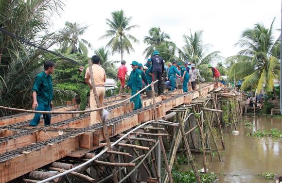 Mô hình xây cầu của Hòa thượng Thích Minh Hạnh nhận được sự ủng hộ đông đảo từ người dân