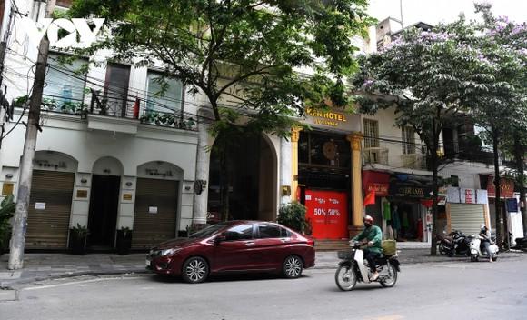 Nhiều khách sạn ở khu vực phố cổ Hà Nội đã phải dừng hoạt động vì thu không đủ chi.