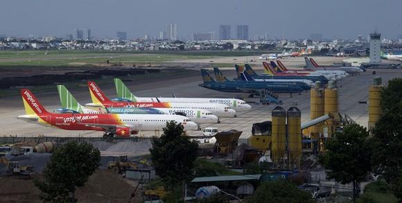 Còn nhiều tranh cãi về đề xuất làm tuyến đường sắt kết nối trực tiếp 2 sân bay Tân Sơn Nhất - Long Thành