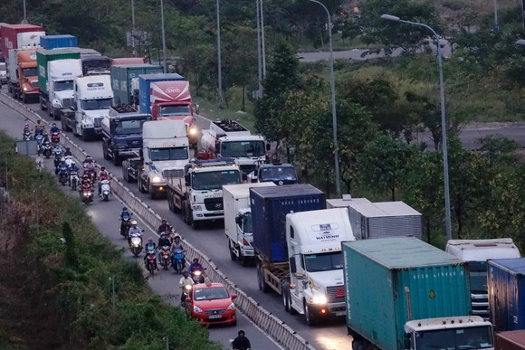 Chi phí logistics hiện là gánh nặng lớn nhất của doanh nghiệp