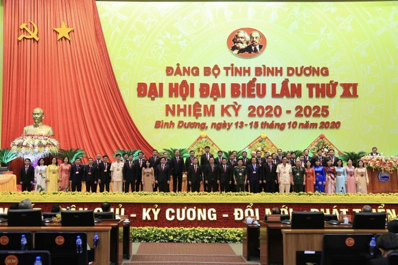 Ban Chấp hành Đảng bộ tỉnh Bình Dương nhiệm kỳ 2020-2025 ra mắt Đại hội