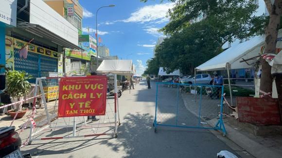 Quận Bình Tân thiết lập 37 chốt phong tỏa 3 khu phố ở phường An Lạc ảnh 1