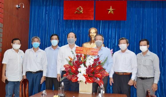 Lãnh đạo TPHCM thăm Báo Sài Gòn Giải Phóng ảnh 3