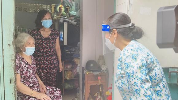Chủ tịch HĐND TPHCM Nguyễn Thị Lệ: Các địa phương giãn cách triệt để, không để lây lan mới ảnh 3