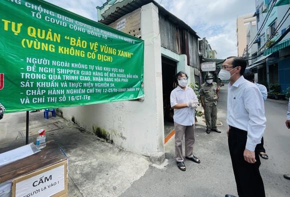 Ghi nhận sự đóng góp của người dân tham gia tự quản chốt bảo vệ 'vùng xanh' ảnh 5