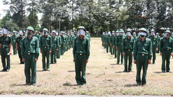 Bộ Tư lệnh TPHCM thành lập 310 tổ công tác xuất quân hỗ trợ cung cấp lương thực cho người dân ảnh 4