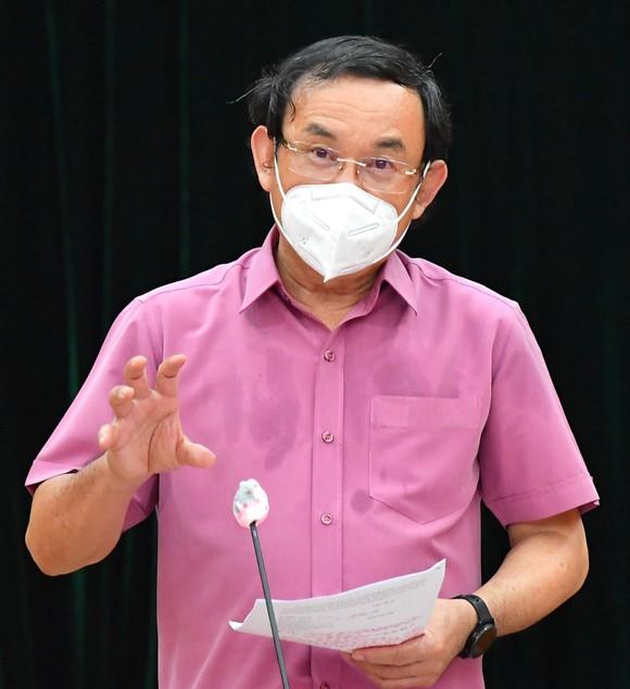 Bí thư Thành ủy TPHCM Nguyễn Văn Nên: Tuyệt đối không được mở lại các hoạt động khi chưa có kế hoạch an toàn ảnh 2