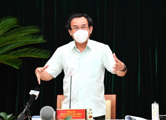 Bí thư Thành ủy TPHCM Nguyễn Văn Nên: An toàn để sản xuất, sản xuất phải an toàn ảnh 2