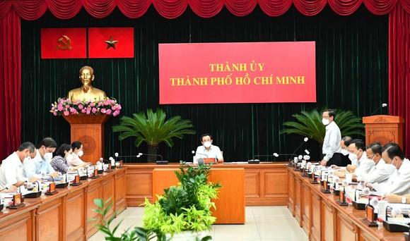 Bí thư Thành ủy TPHCM Nguyễn Văn Nên: An toàn để sản xuất, sản xuất phải an toàn ảnh 1