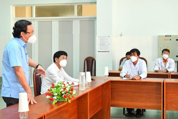 Huyện Cần Giờ xây dựng, củng cố lại hệ thống y tế cơ sở chuẩn bị cho 'bình thường mới' ảnh 3