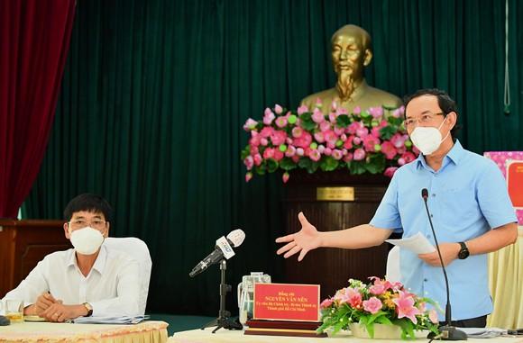Bí thư Thành ủy TPHCM Nguyễn Văn Nên: Vừa đảm bảo chống dịch, vừa đảm bảo 'sức khỏe' nền kinh tế ảnh 2