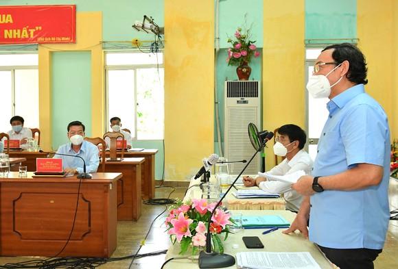 Bí thư Thành ủy TPHCM Nguyễn Văn Nên: Vừa đảm bảo chống dịch, vừa đảm bảo 'sức khỏe' nền kinh tế ảnh 1