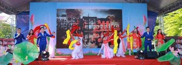 Nhiều hoạt động phong phú trong Ngày hội Văn hóa đọc quận 11 ảnh 3