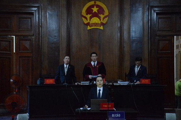 Tuyên truyền chống Nhà nước, Phạm Chí Dũng lãnh 15 năm tù ảnh 2