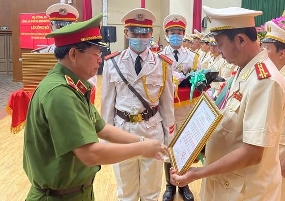 Đại tá Nguyễn Hoàng Thắng giữ chức vụ Trưởng Công an TP Thủ Đức ảnh 2
