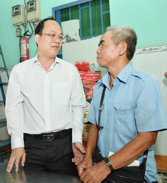 Đồng chí Nguyễn Hồ Hải thăm, chúc Tết nhiều đơn vị, cá nhân ảnh 6
