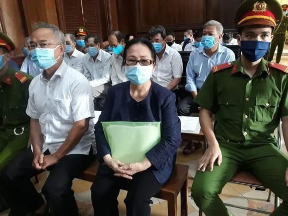 Bà Dương Thị Bạch Diệp xin chấm dứt việc hoán đổi tài sản ảnh 1