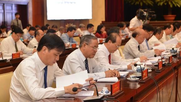 Hội nghị Thành ủy lần 18: Bàn giải pháp xây dựng cán bộ uy tín ảnh 2