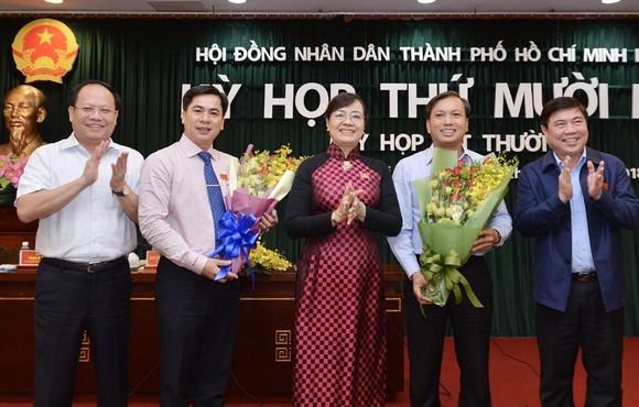 HĐND TPHCM họp bất thường về công tác nhân sự  ảnh 3