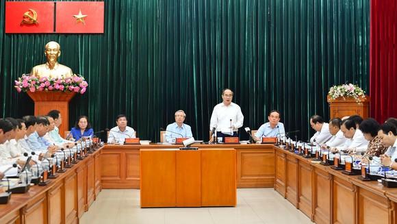 Thường trực Ban Bí thư làm việc với Thành ủy TPHCM về công tác tổ chức Đại hội Đảng ảnh 4