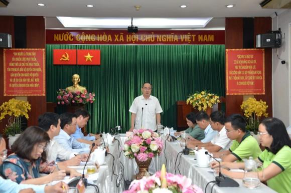 Bí thư Thành ủy TPHCM Nguyễn Thiện Nhân: Chỉnh trang chợ Gà Gạo là dự án trọng điểm trong nhiệm kỳ tới ảnh 2