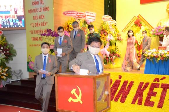 Đồng chí Lê Văn Thinh tái đắc cử Bí thư Quận ủy quận Bình Tân ảnh 2