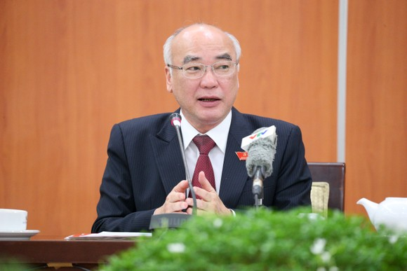 Ban Chấp hành Đảng bộ TPHCM khóa XI gồm 65 đồng chí ảnh 2