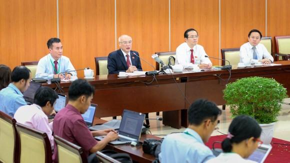 Ban Chấp hành Đảng bộ TPHCM khóa XI gồm 65 đồng chí ảnh 1
