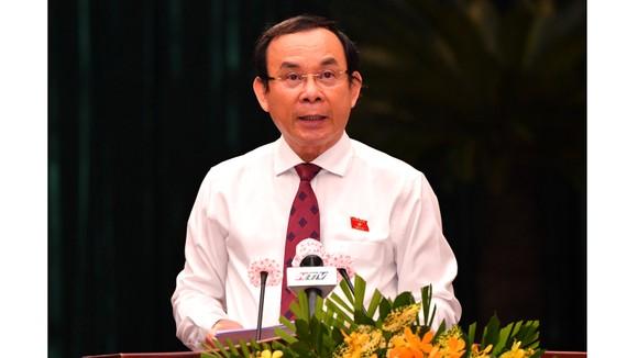 Bí thư Thành ủy TPHCM Nguyễn Văn Nên phát biểu tại Kỳ họp HĐND TPHCM. Ảnh: VIỆT DŨNG