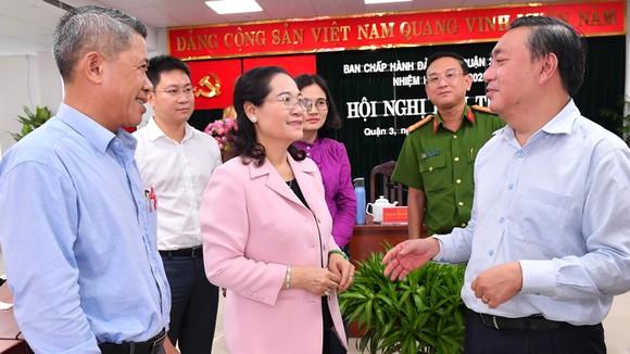 Chủ tịch HĐND TPHCM Nguyễn Thị Lệ: Vận động cán bộ, công chức tận tụy với công việc để xóa 'cò giấy tờ' ảnh 1