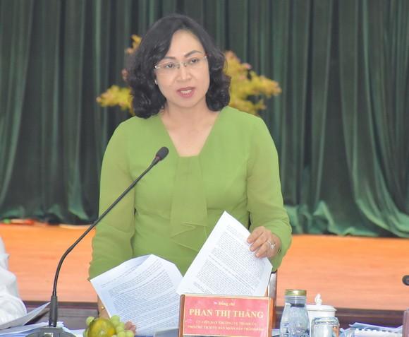 Bí thư Thành ủy Nguyễn Văn Nên yêu cầu đẩy mạnh chuyển đổi số để giảm phiền hà cho người dân ảnh 3