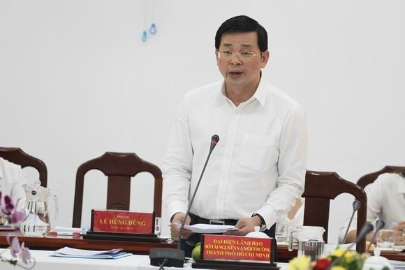 Bí thư Thành ủy TPHCM Nguyễn Văn Nên: Tôi không muốn chỉ sửa chữa tạm bợ chung cư cũ! ảnh 4