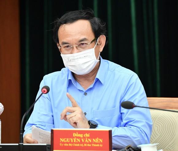 Bí thư Thành ủy TPHCM Nguyễn Văn Nên: Bình tĩnh, tự tin sớm ngăn chặn, kiềm chế, kiểm soát dịch ảnh 2