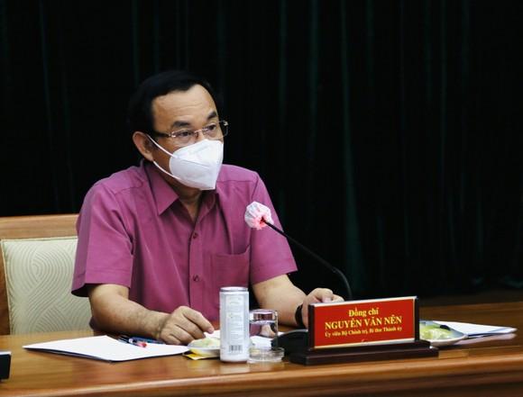 Bí thư Thành ủy TPHCM Nguyễn Văn Nên: TPHCM tiếp tục giãn cách thêm 2 tuần ảnh 1
