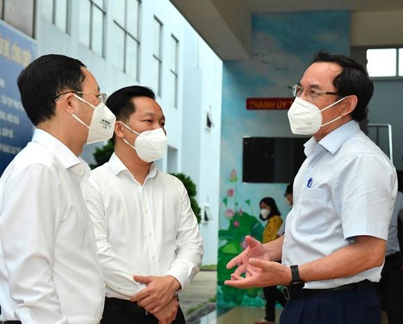 Bí thư Thành ủy TPHCM Nguyễn Văn Nên: TP Thủ Đức cơ bản kiểm soát được dịch bệnh ảnh 4