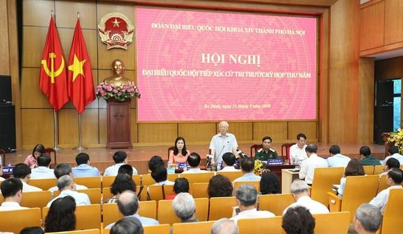 Tiếp xúc với Tổng Bí thư Nguyễn Phú Trọng, cử tri nức lòng khi quan tham bị vạch mặt chỉ tên  ảnh 1