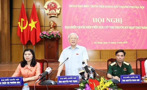 Tiếp xúc với Tổng Bí thư Nguyễn Phú Trọng, cử tri nức lòng khi quan tham bị vạch mặt chỉ tên  ảnh 2