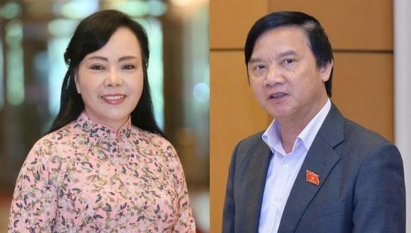 Bà Nguyễn Thị Kim Tiến và ông Nguyễn Khắc Định  