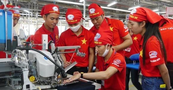 Phát huy giá trị văn hoá, con người Việt Nam và sức mạnh toàn dân tộc, khơi dậy mạnh mẽ tinh thần yêu nước, khát vọng phát triển được coi là bí quyết thành công quan trọng