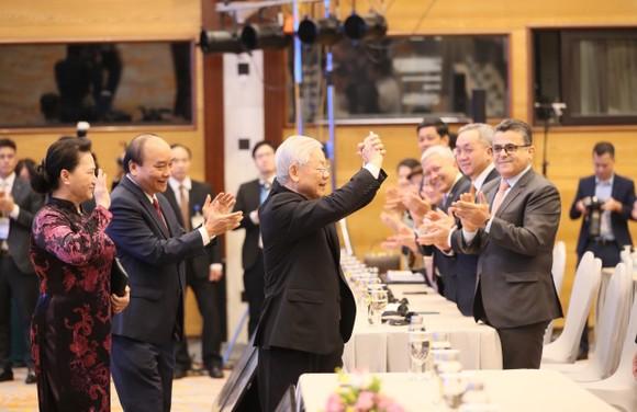 Cam kết mạnh mẽ về xây dựng Biển Đông  ảnh 1