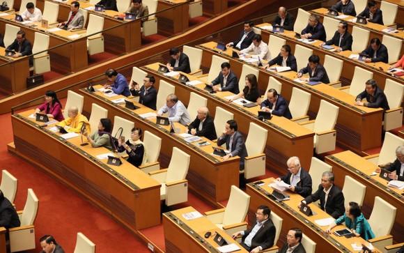 Quốc hội thông qua Nghị quyết về tổ chức chính quyền đô thị tại TPHCM   ảnh 1