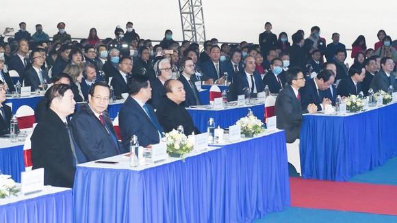 Thủ tướng bấm nút khai trương Triển lãm quốc tế đổi mới sáng tạo Việt Nam 2021 và khởi công Trung tâm Đổi mới sáng tạo Quốc gia ảnh 1