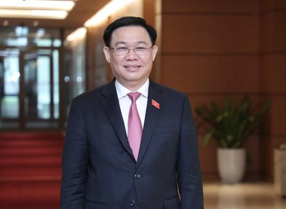 Lãnh đạo Chính phủ sau kiện toàn: Trẻ nhất là Bộ trưởng Bộ Xây dựng, 45 tuổi  ảnh 1