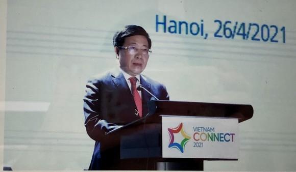 Phó Thủ tướng Phạm Bình Minh phát biểu tại Diễn đàn. Ảnh: QUANG PHÚC