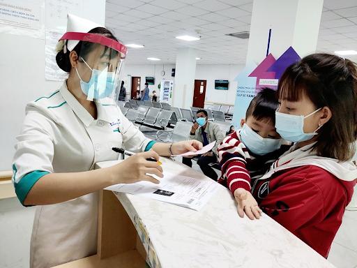Hệ thống y tế cơ sở là lực lượng đóng vai trò quan trọng trong tuyến đầu chống dịch