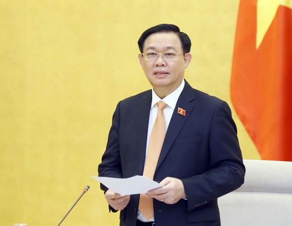 Chủ tịch Quốc hội làm việc với Tổ công tác về phòng, chống Covid-19 của Ủy ban Thường vụ Quốc hội  ảnh 2