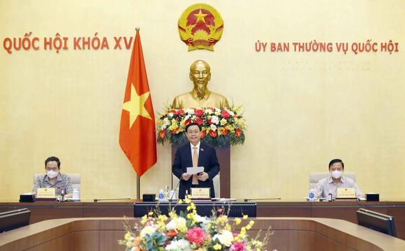Chủ tịch Quốc hội làm việc với Tổ công tác về phòng, chống Covid-19 của Ủy ban Thường vụ Quốc hội  ảnh 1