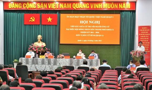 Chủ tịch UBND TPHCM Nguyễn Thành Phong: Công tác phòng chống dịch vẫn là nhiệm vụ hàng đầu của TPHCM ảnh 1